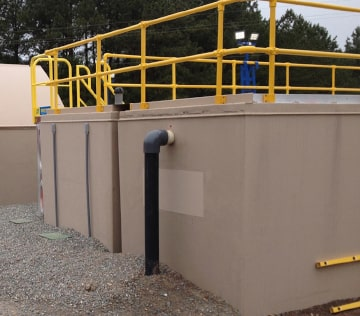 Rectangular fiberglass tanks can be equipped with railings, catwalks, and ladders.